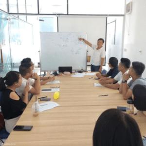 Formation : les bons gestes pour protéger les enfants dans les zones touristiques au Vietnam
