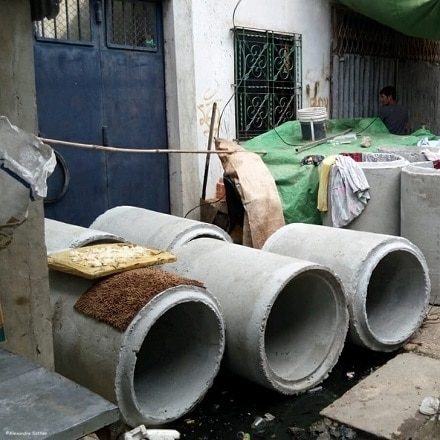 Phnom Penh: The construction of a water drainage system changes the lives of inhabitants
