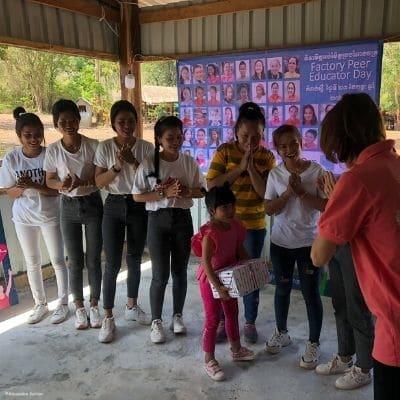 ouvrières-éducatrices-Cambodge
