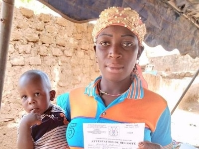 PE&D_Insertion_Women_Burkina