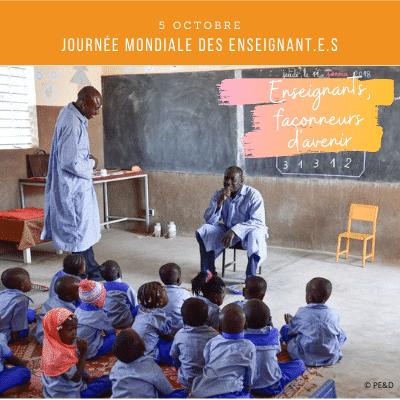 Enseignants en classe au Burkina Faso