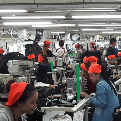Cambodge : 22 nouvelles crèches pour les enfants des ouvrières en usine