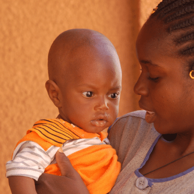 Childminders: a new promotion in Burkina