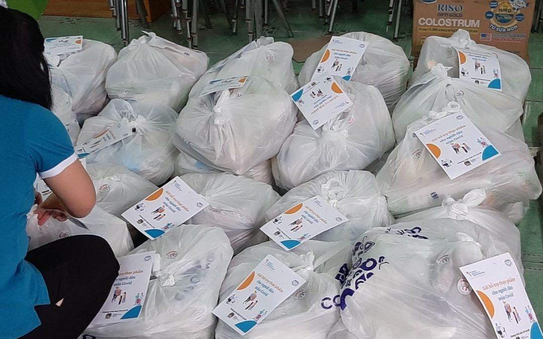 Urgence Covid : distribution alimentaire au Vietnam