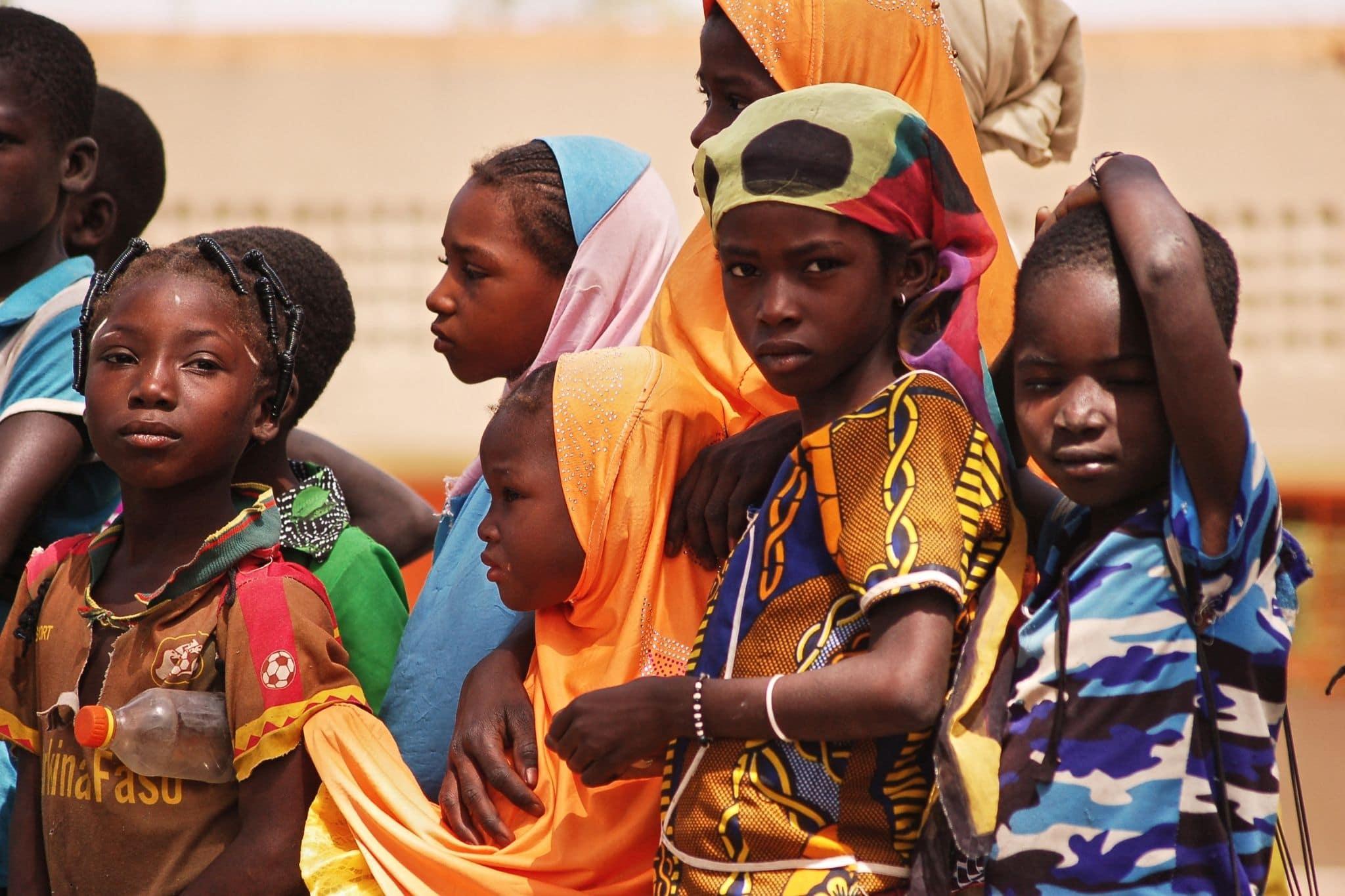Des enfants du village de Biyéné soutenus par Planète Enfants & Développement au Burkina Faso